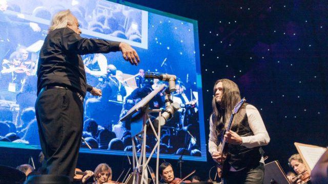SPI presents cobot developed for conductor João Carlos Martins at Futurecom 2019